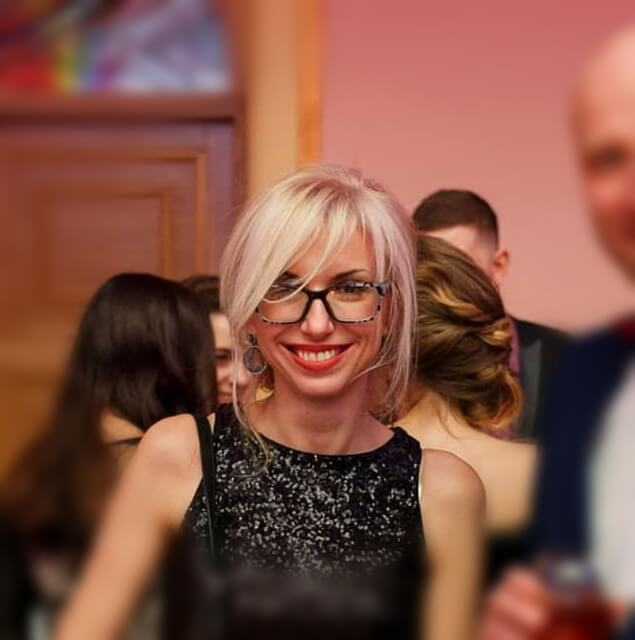 Ірина Костенко - директор